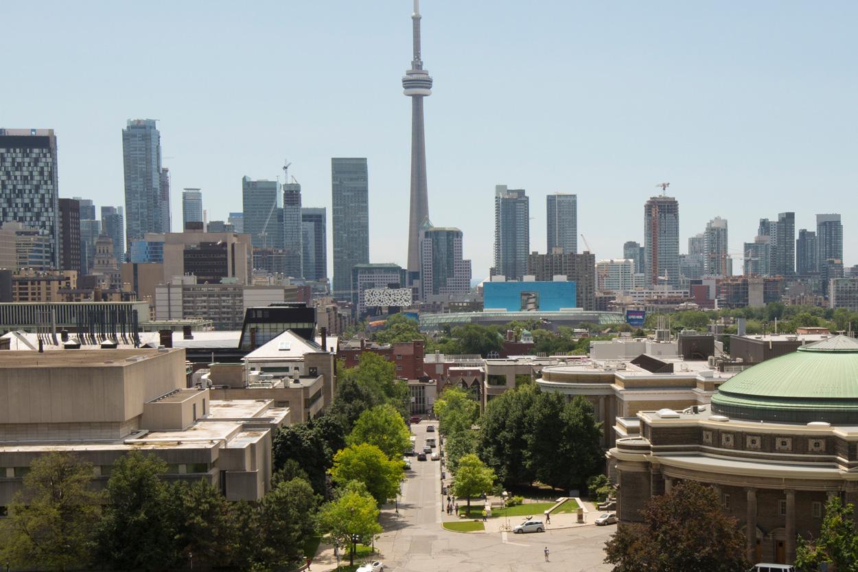 King's College Circle, University of TorontoKing's College Road, University of Toronto